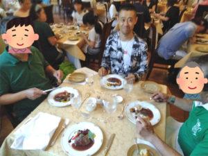 恵風会レクレーション食事会の様子